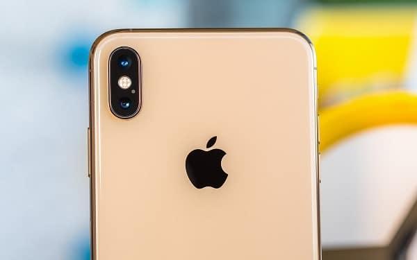 iPhone XS có cụm camera kép
