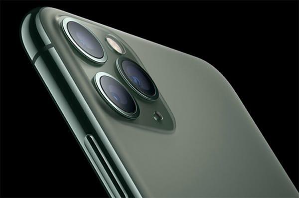 iPhone 11 Pro Max được trang bị bộ 3 camera sau